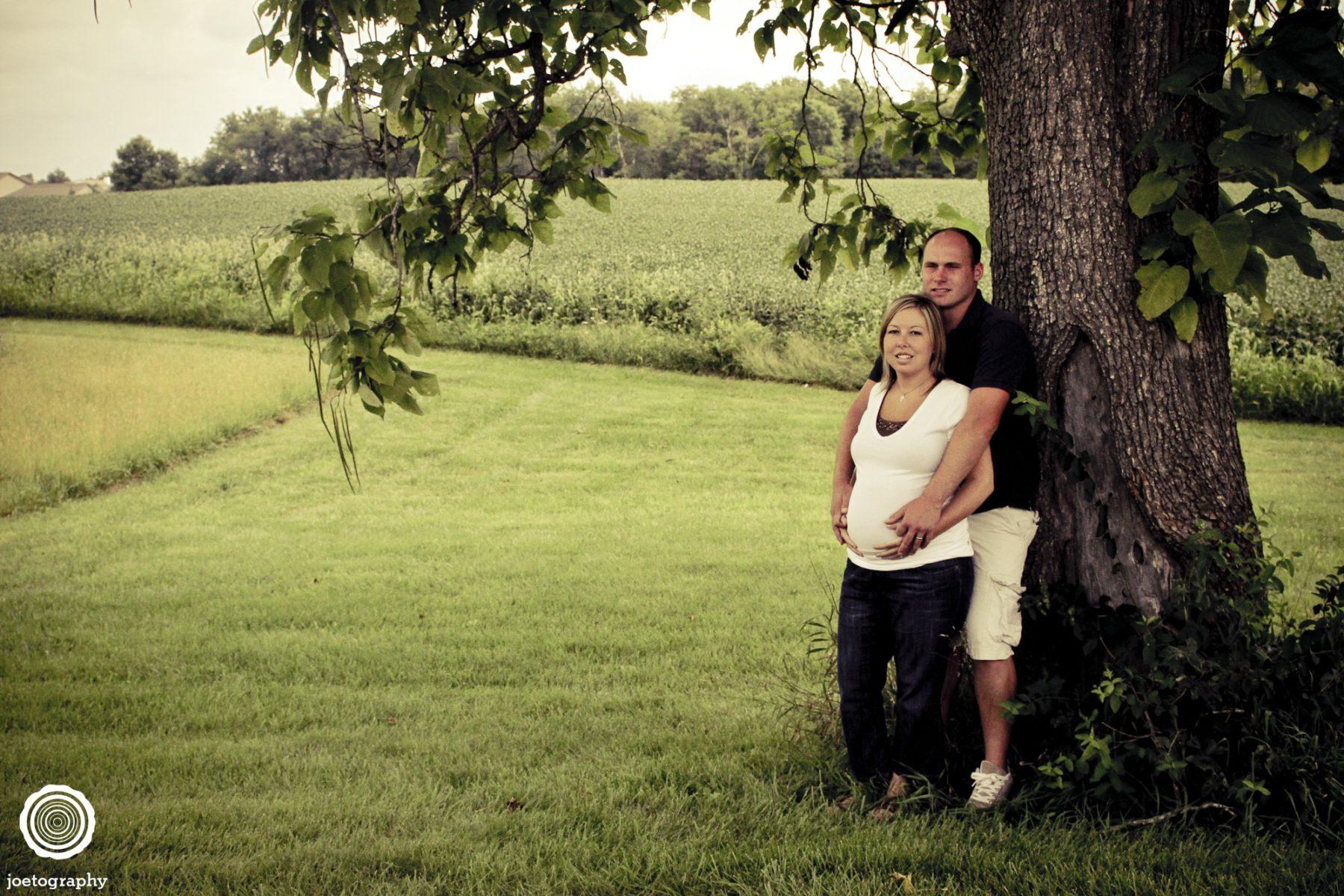 Salisbury-Maternity-Photos-Pendleton-Indiana-47