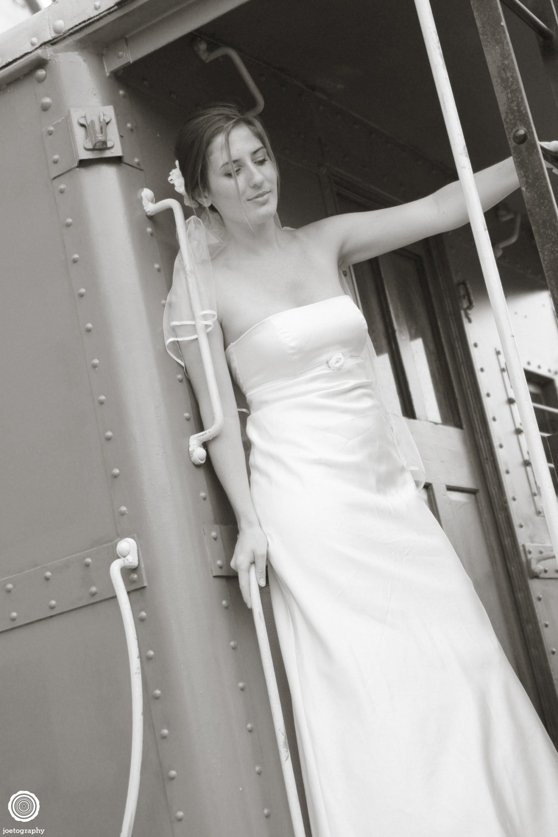 Trash-Wedding-Dress-Photos-Grand-Haven-Michigan-1