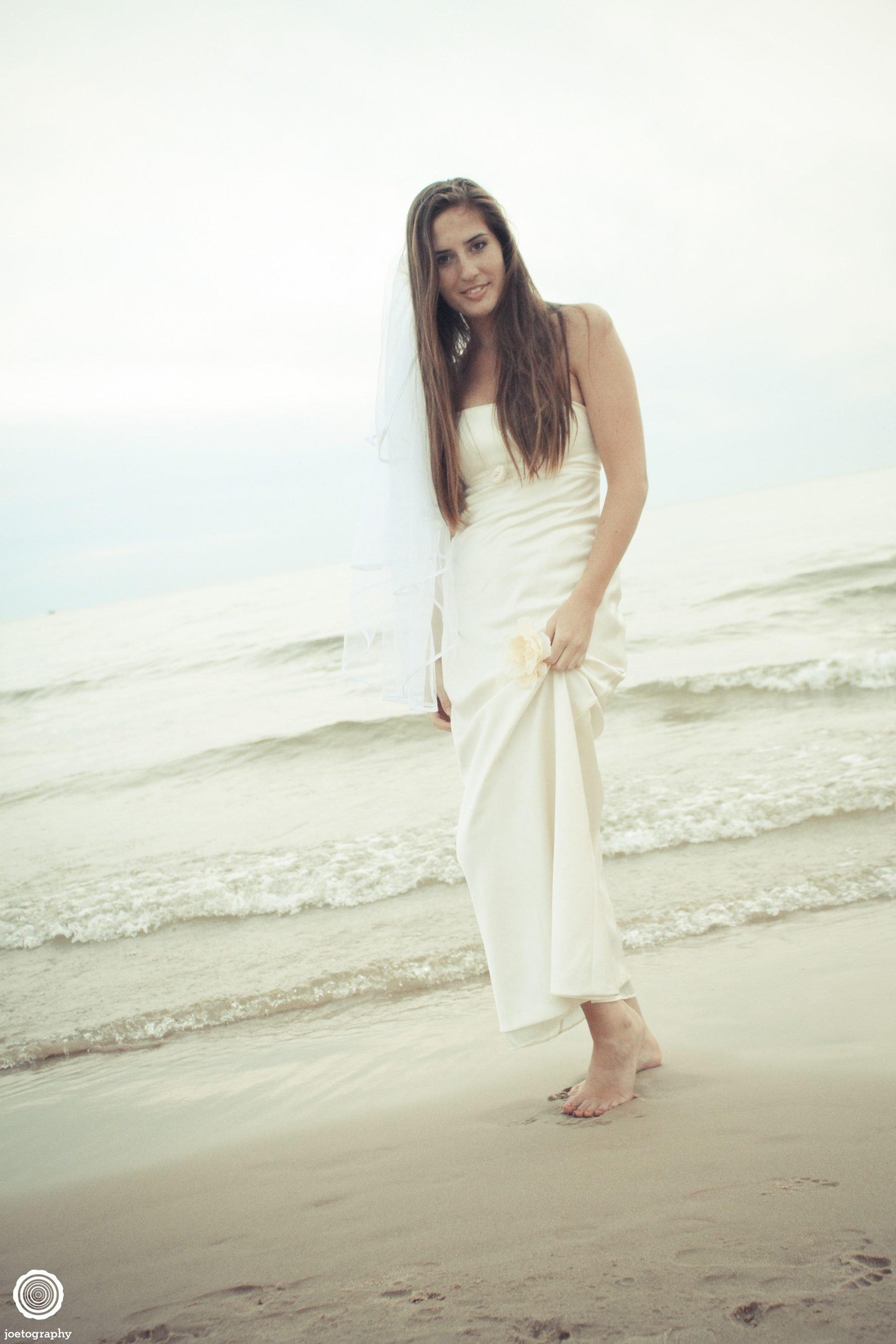 Trash-Wedding-Dress-Photos-Grand-Haven-Michigan-139