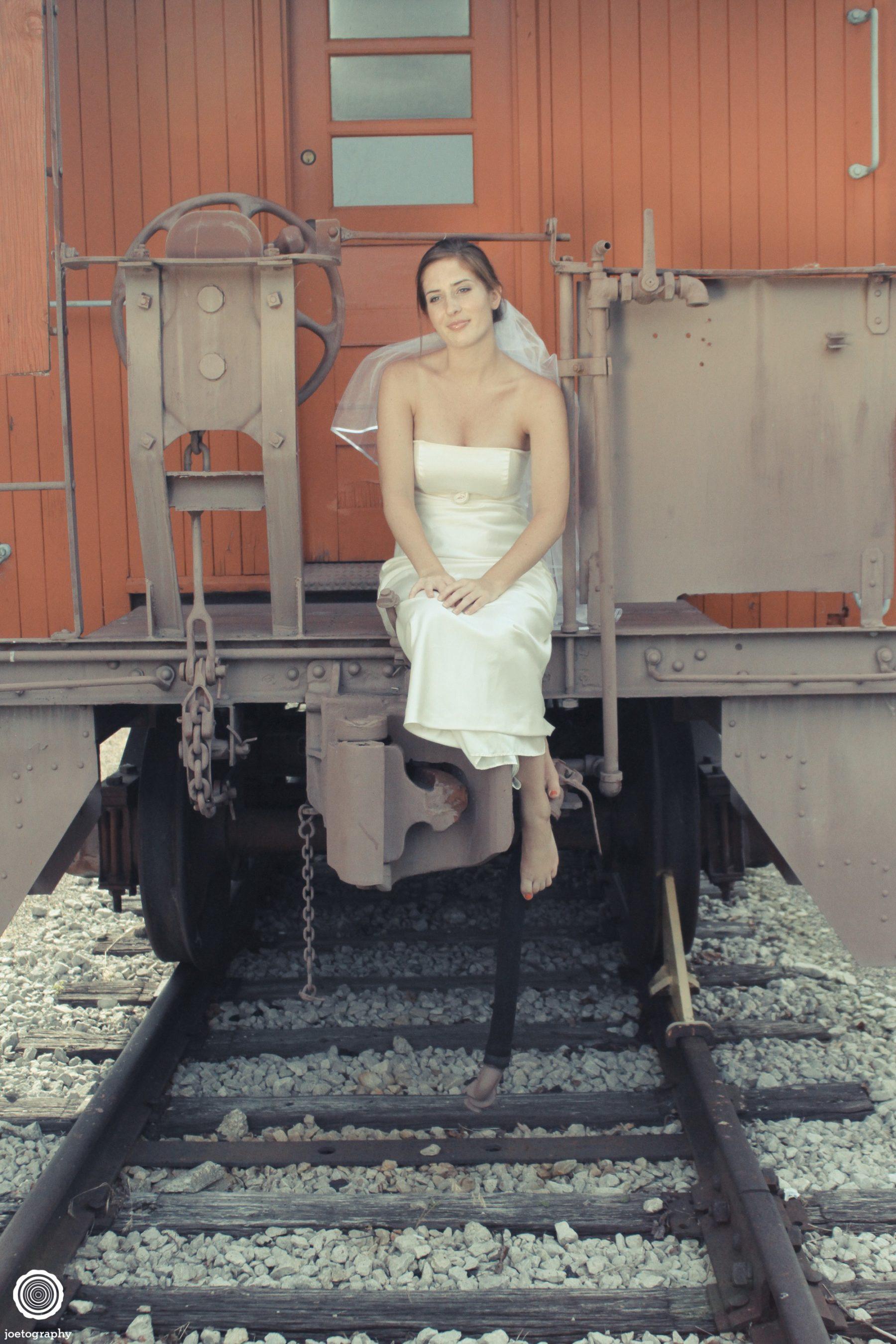 Trash-Wedding-Dress-Photos-Grand-Haven-Michigan-87