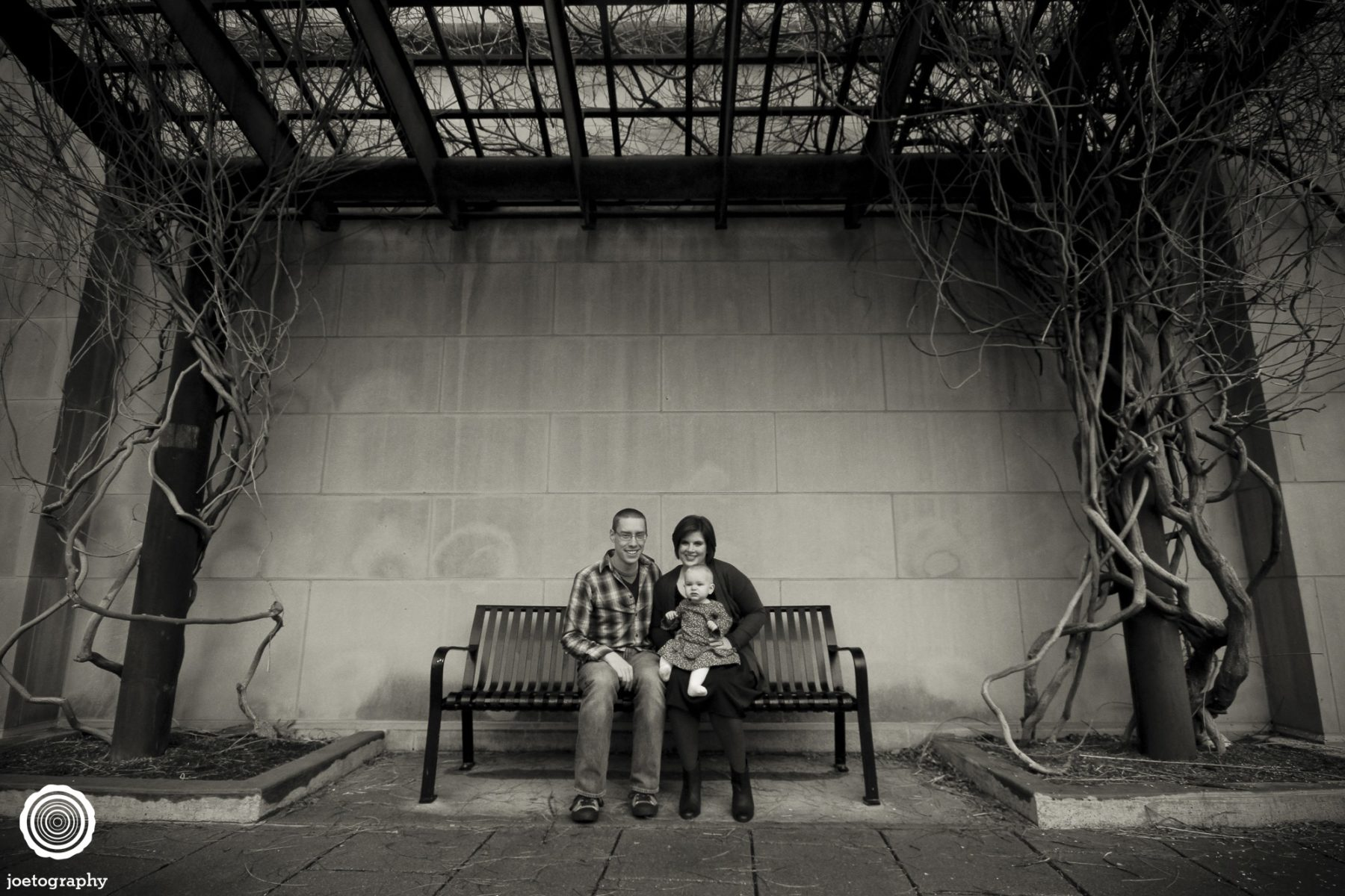 Woestman-Family-Photos-Indianapolis-Canal-21