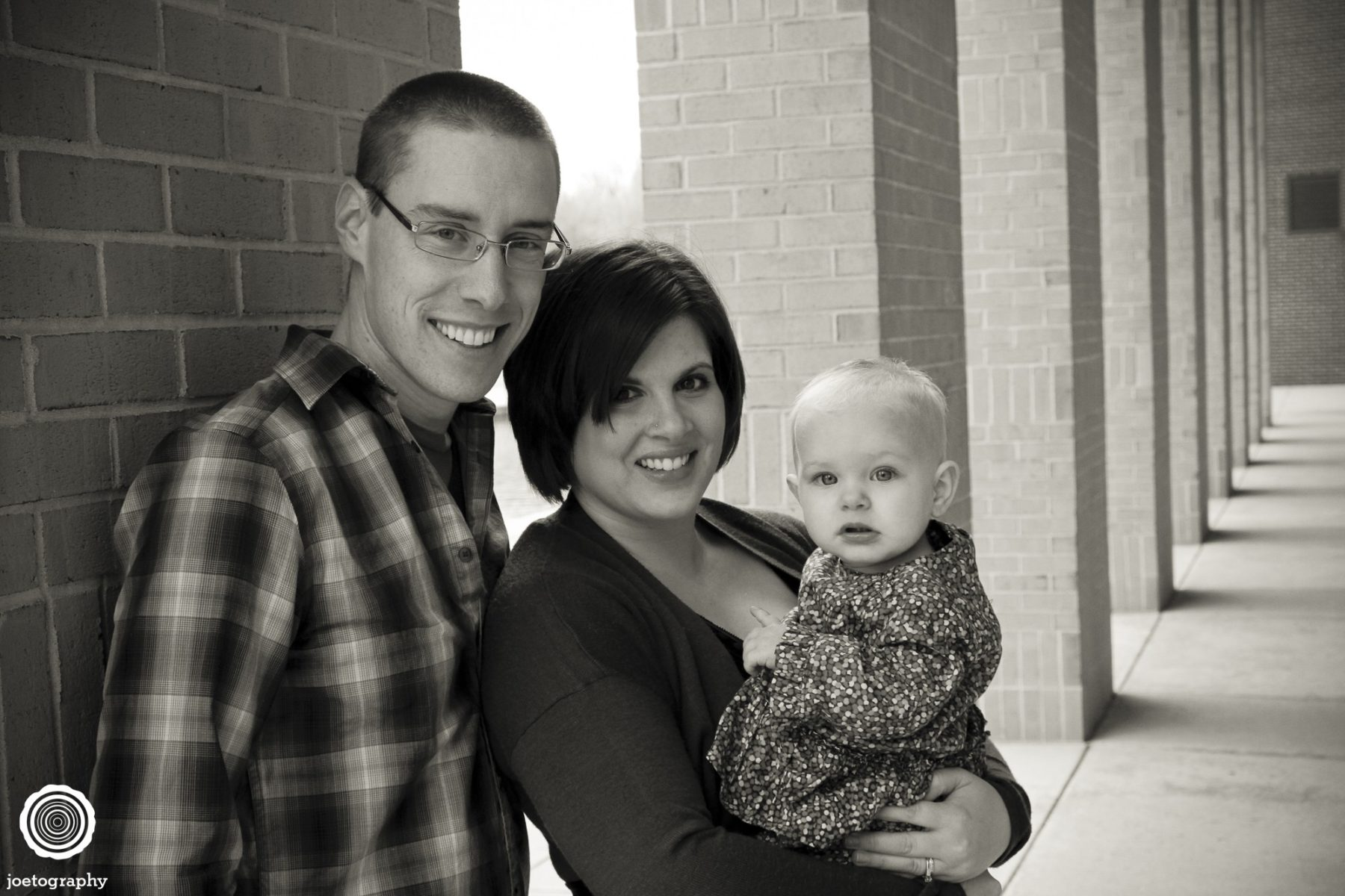 Woestman-Family-Photos-Indianapolis-Canal-29