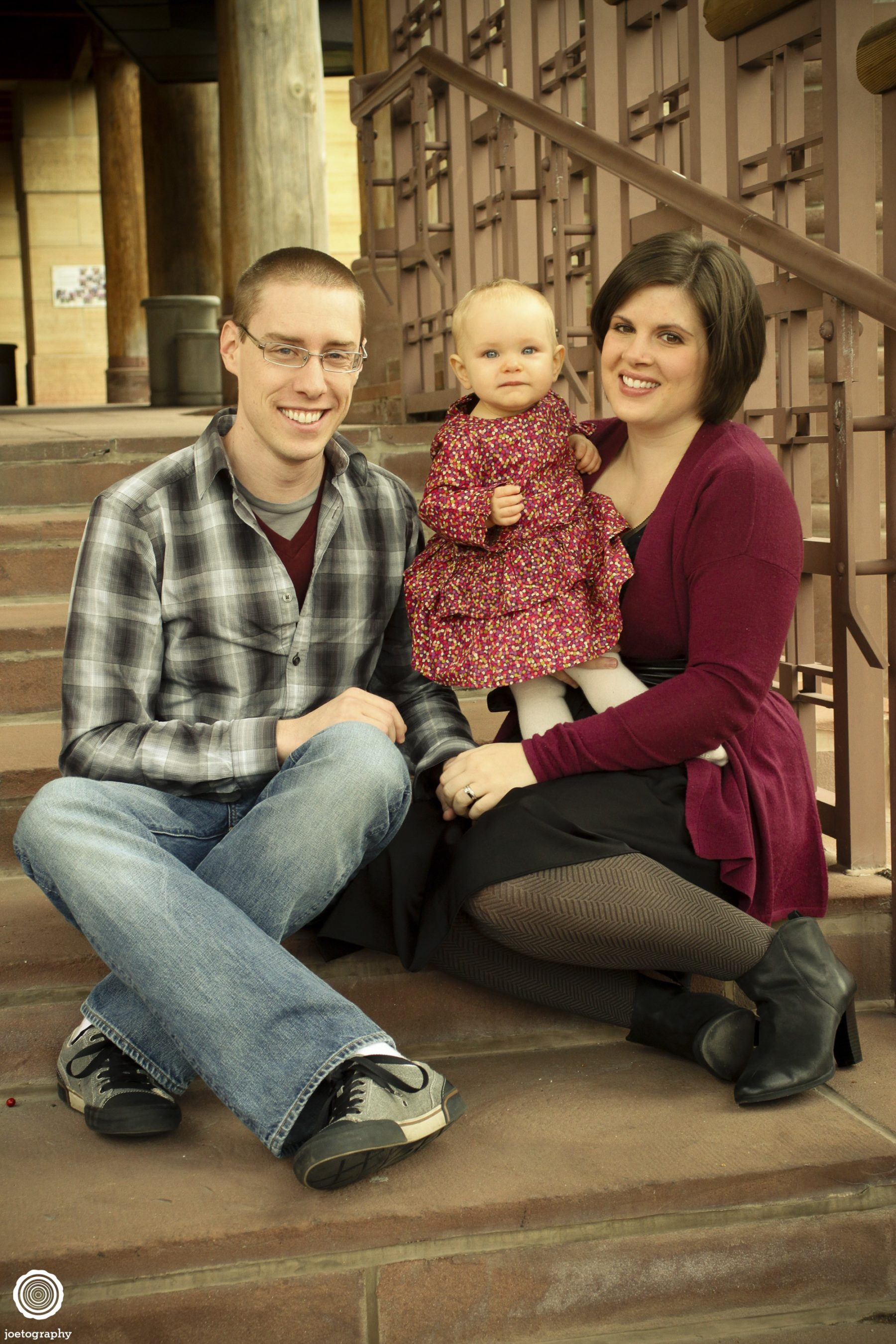 Woestman-Family-Photos-Indianapolis-Canal-6