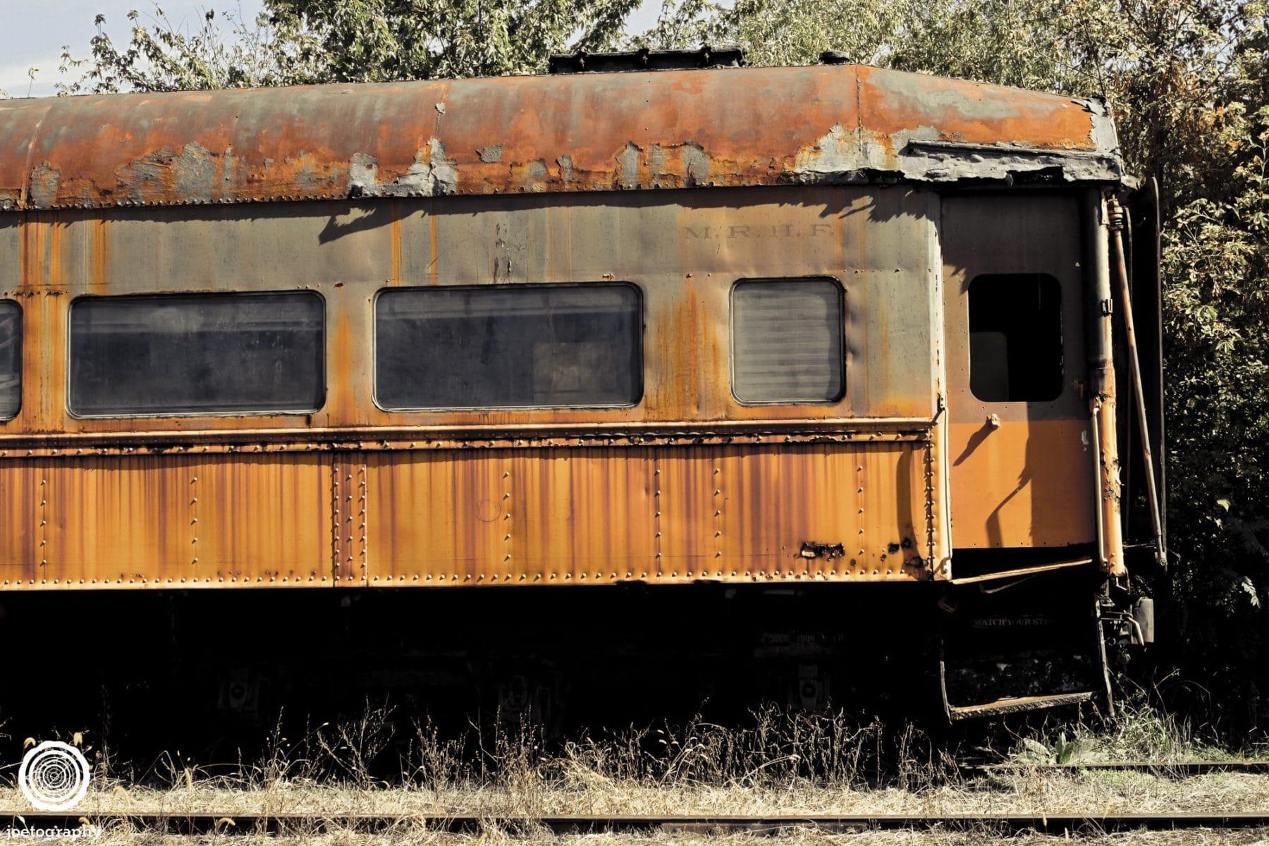 Abandoned-Train-Photography-Carthage-Indiana-2
