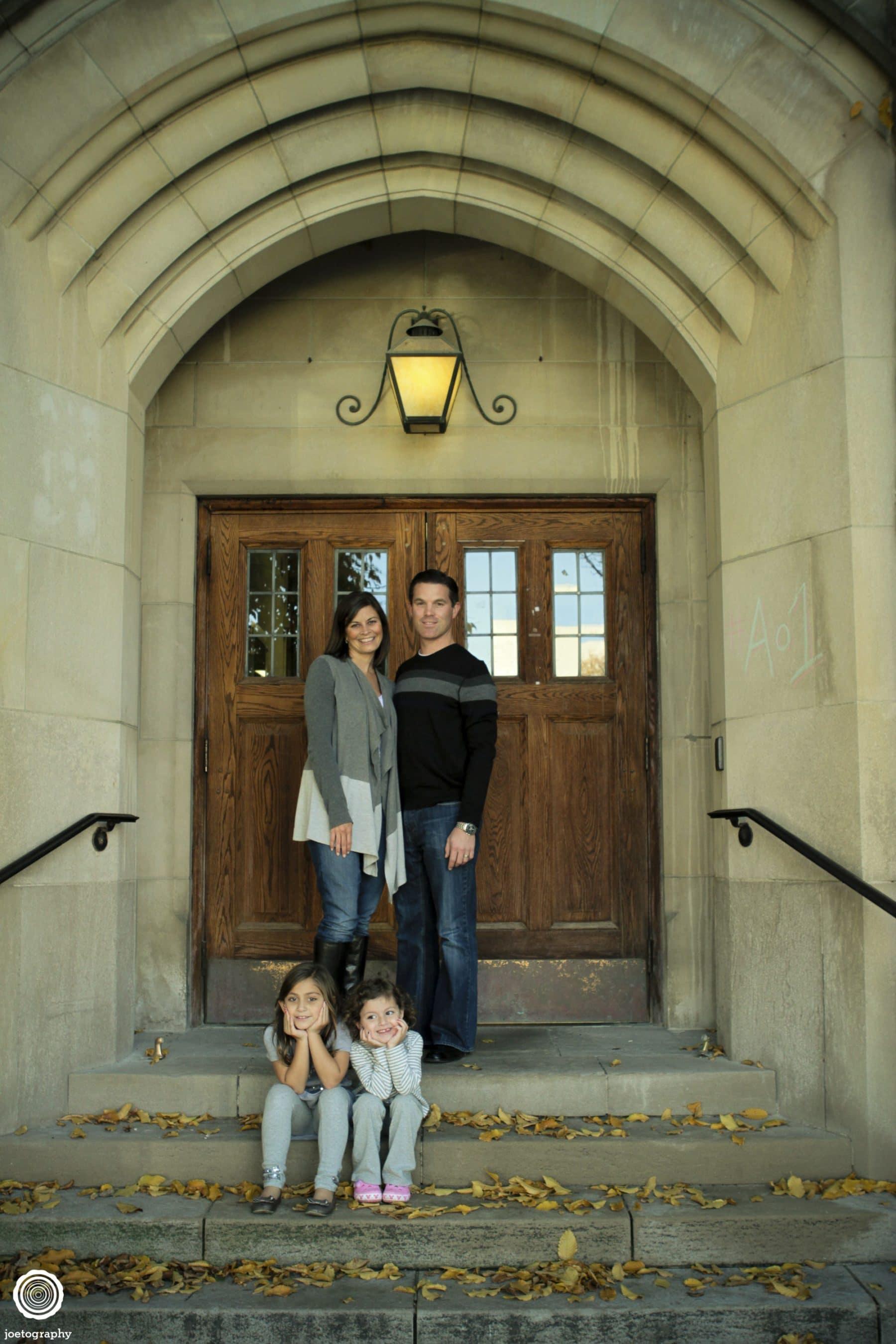 Browne-Family-Photographs-Butler-University-Holcomb-Gardens-30