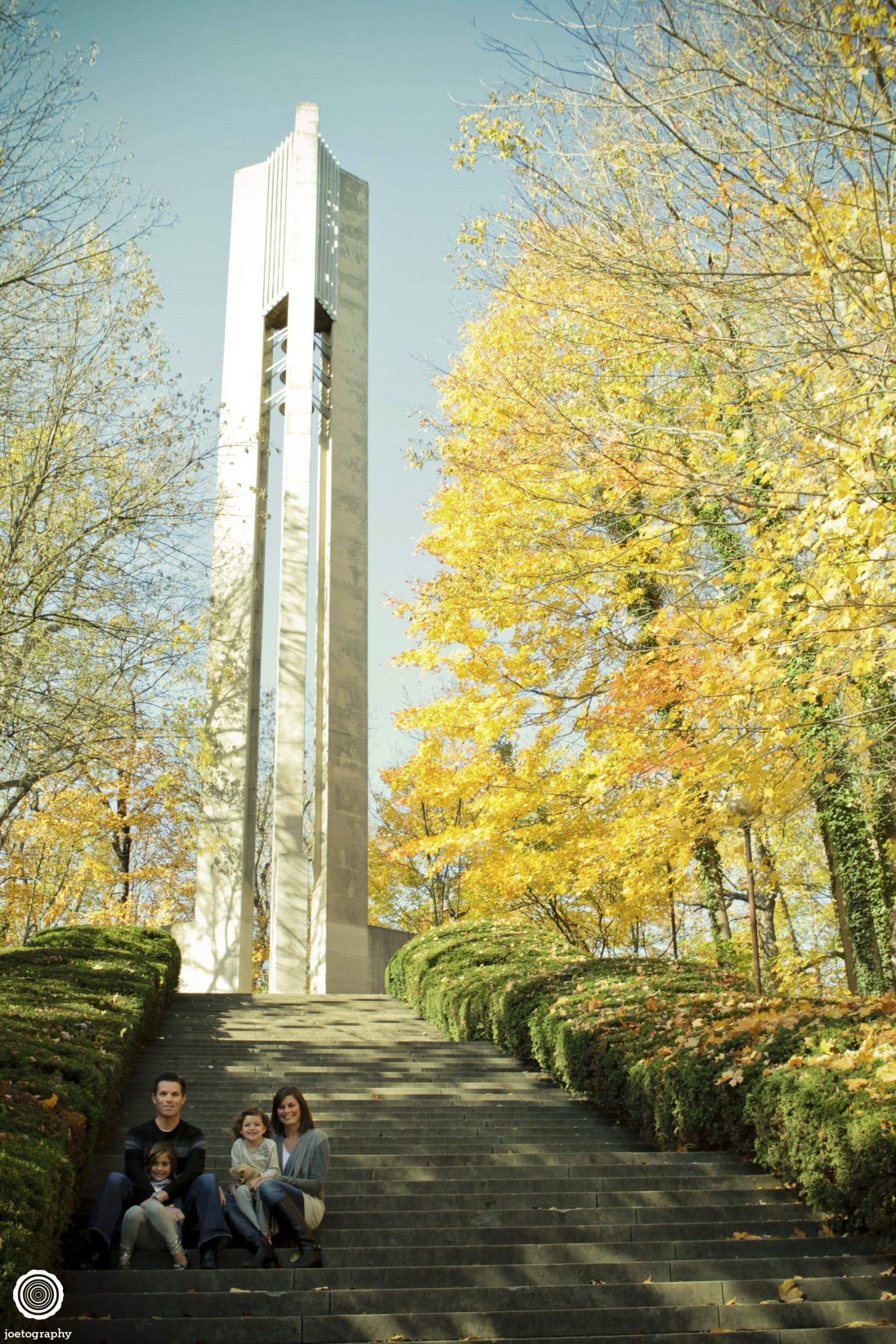 Browne-Family-Photographs-Butler-University-Holcomb-Gardens-4