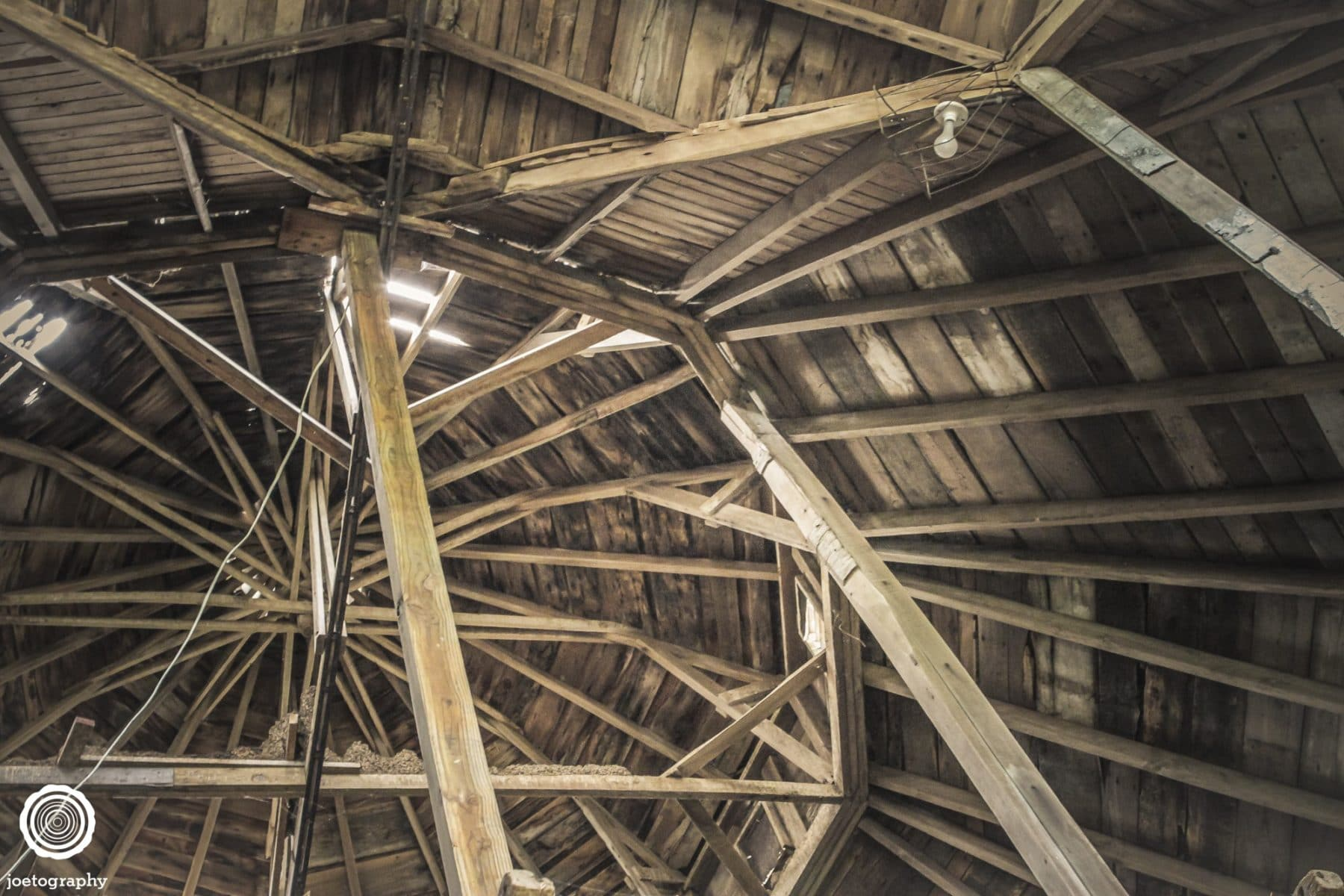 polygonal-barn-architecture-photos-shelbyville-indiana-11