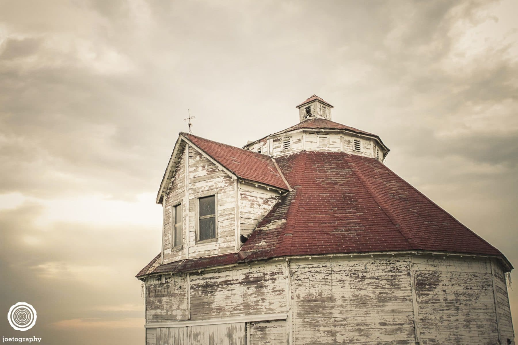 polygonal-barn-architecture-photos-shelbyville-indiana-24