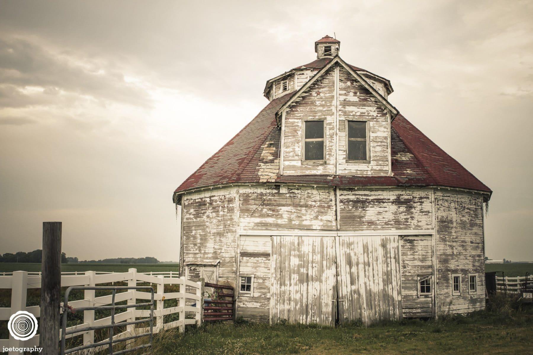polygonal-barn-architecture-photos-shelbyville-indiana-5