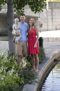 nottingham-family-photos-indianapolis-canal-7