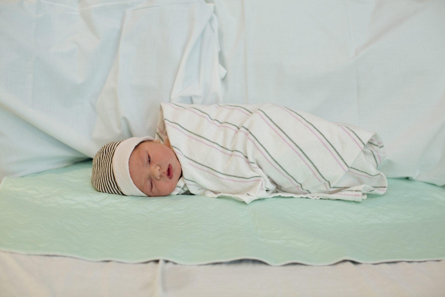 carolinemayes-newborn-infant-photography-6