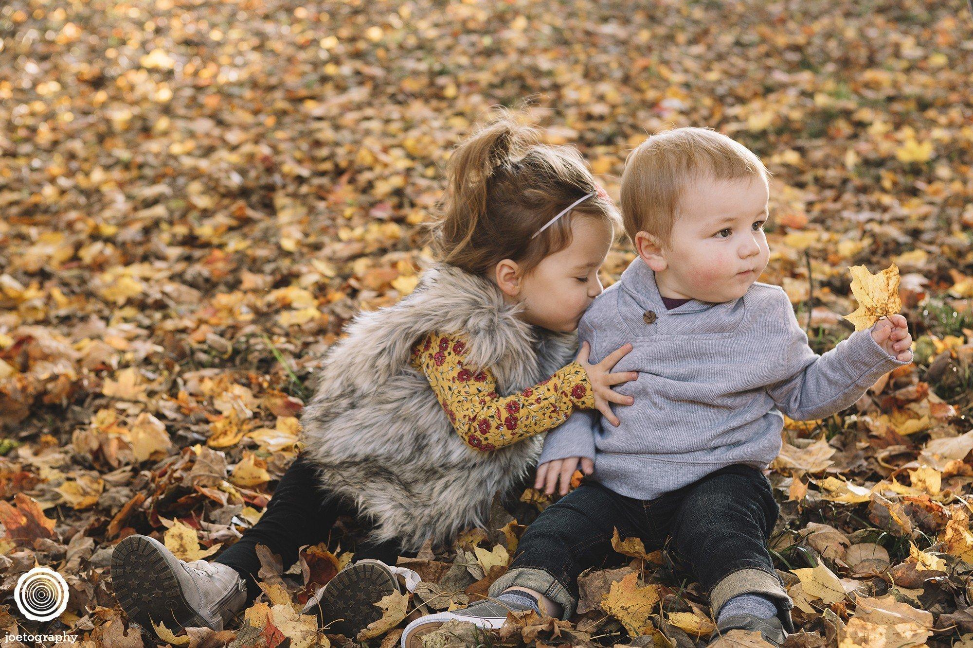 Ruetz Family Photo Session   Holliday Park - 8